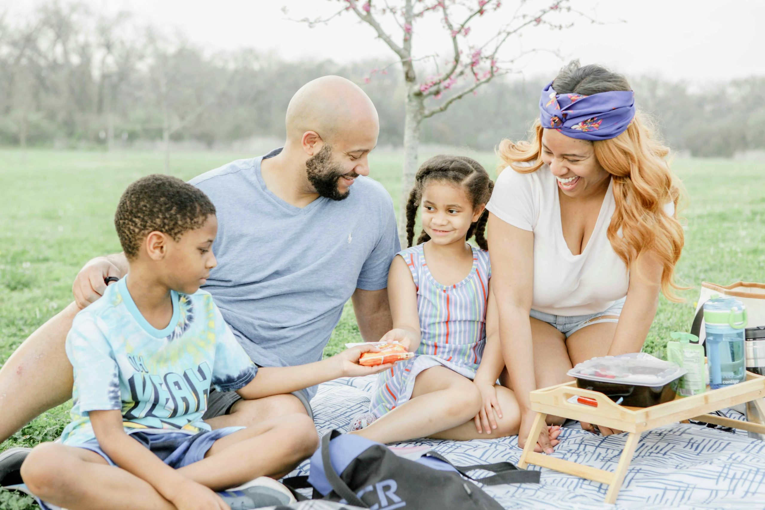 Creating the Perfect Spring Family Picnic (Simple, Not Stressful)